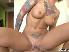 Tattooed woman likes it the rougher at pov sex