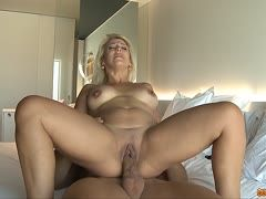 Milf cheats on her husband