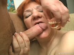 Pensioner Ester sucks Attila's cock without her teeth