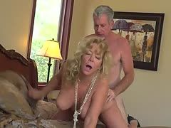 Granny Karen Summer can't stand one day without cock